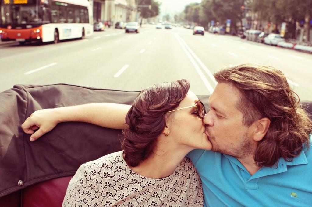 Lena Karelova Photographer in Barcelona especialization weddings, engagement and travel
