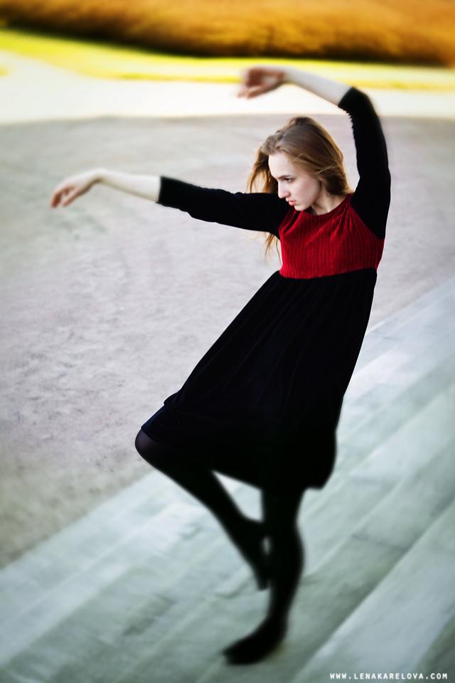 YUlia Pekashova modelo rusa en una sesión de fotos by Lena Karelova