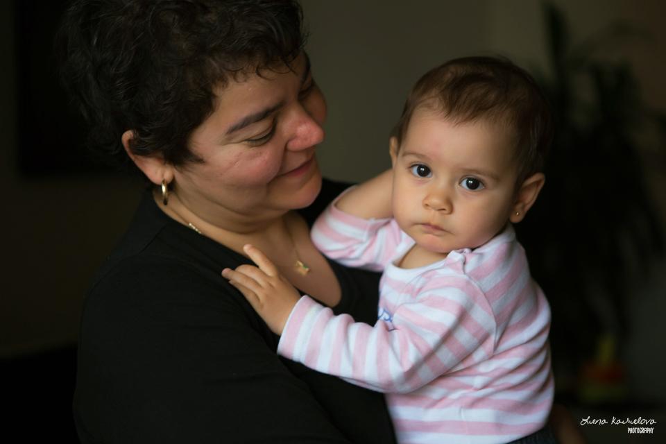 Fotografía de bebes y familias en Barcelona - Lena Karelova Fotografía