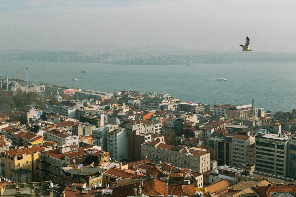 Прогулка по СТамбулу, вид на Босфор с Галатской башни