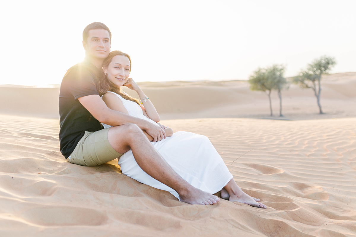 beautiful-pregnancy-photos-in-dubai-desert