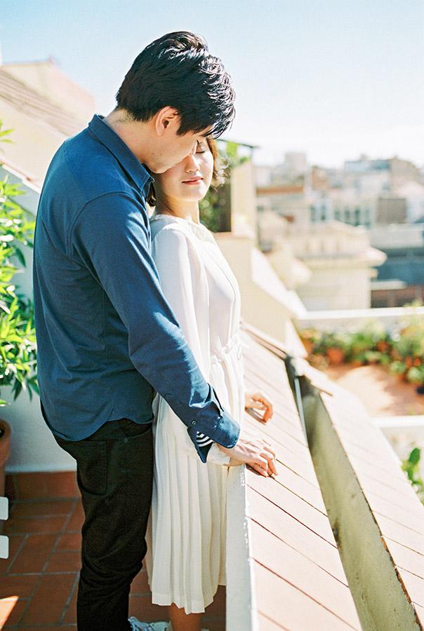Beautiful couple on terrace in Barcelona | Fin Art Photographer | Lena Karelova Photography | Barcelona Film Wedding Photographer
