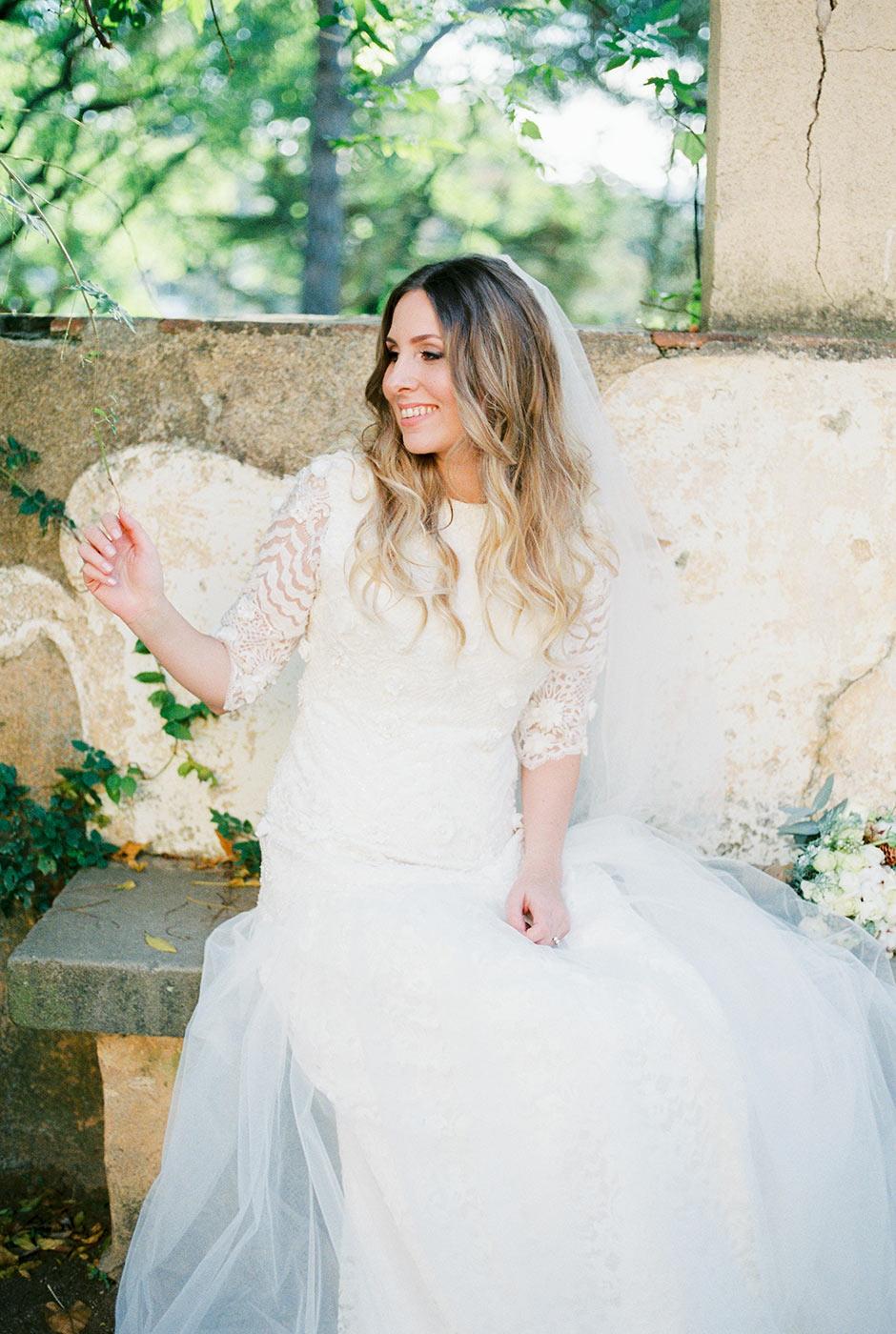 Bride's photoshoot Barcelona | Fine Art Photographer | Lena Karelova Photography | Destination Wedding Photographer Barcelona |Film Wedding Photographer